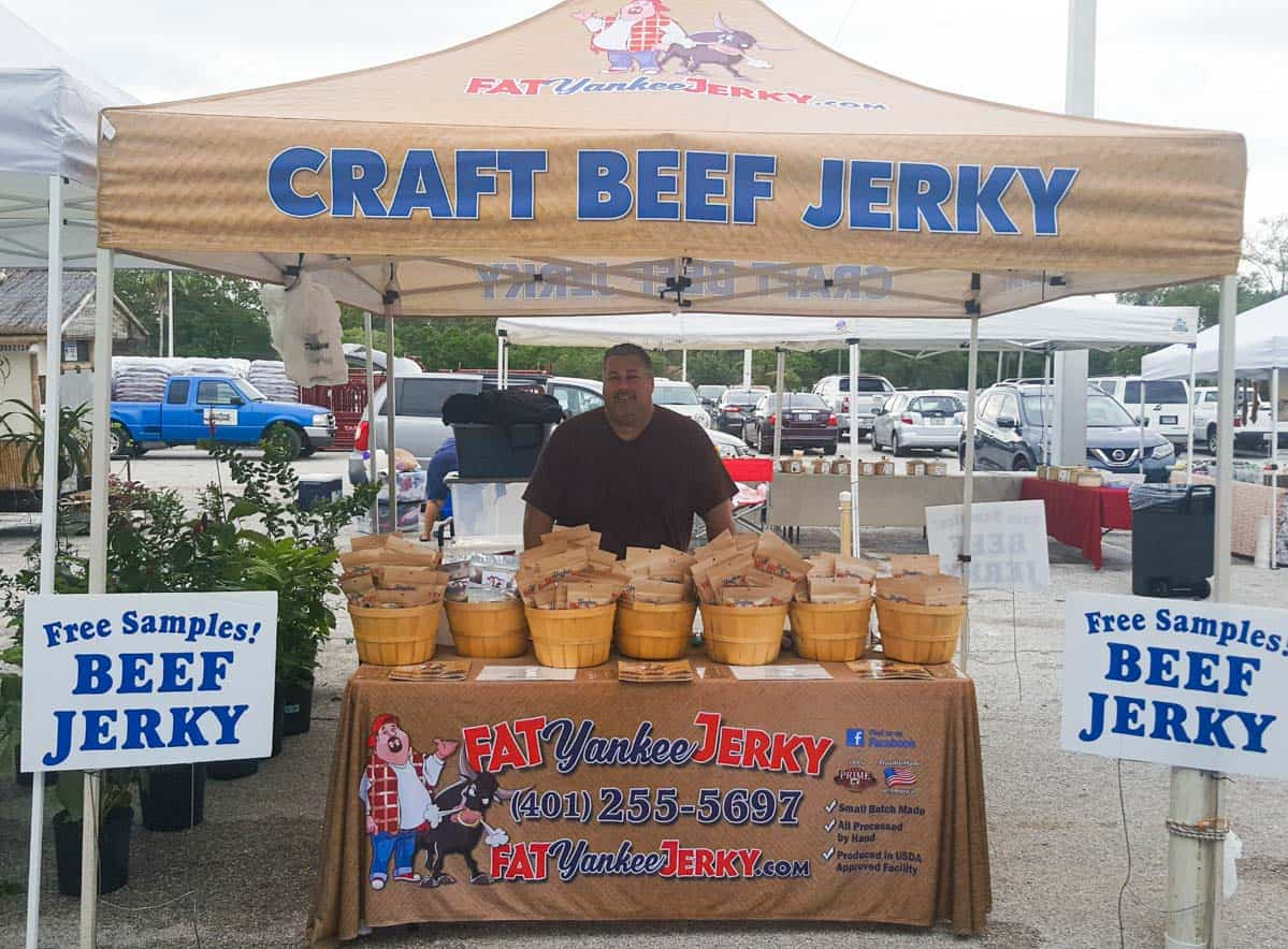 Craft jerky stand at farmers market