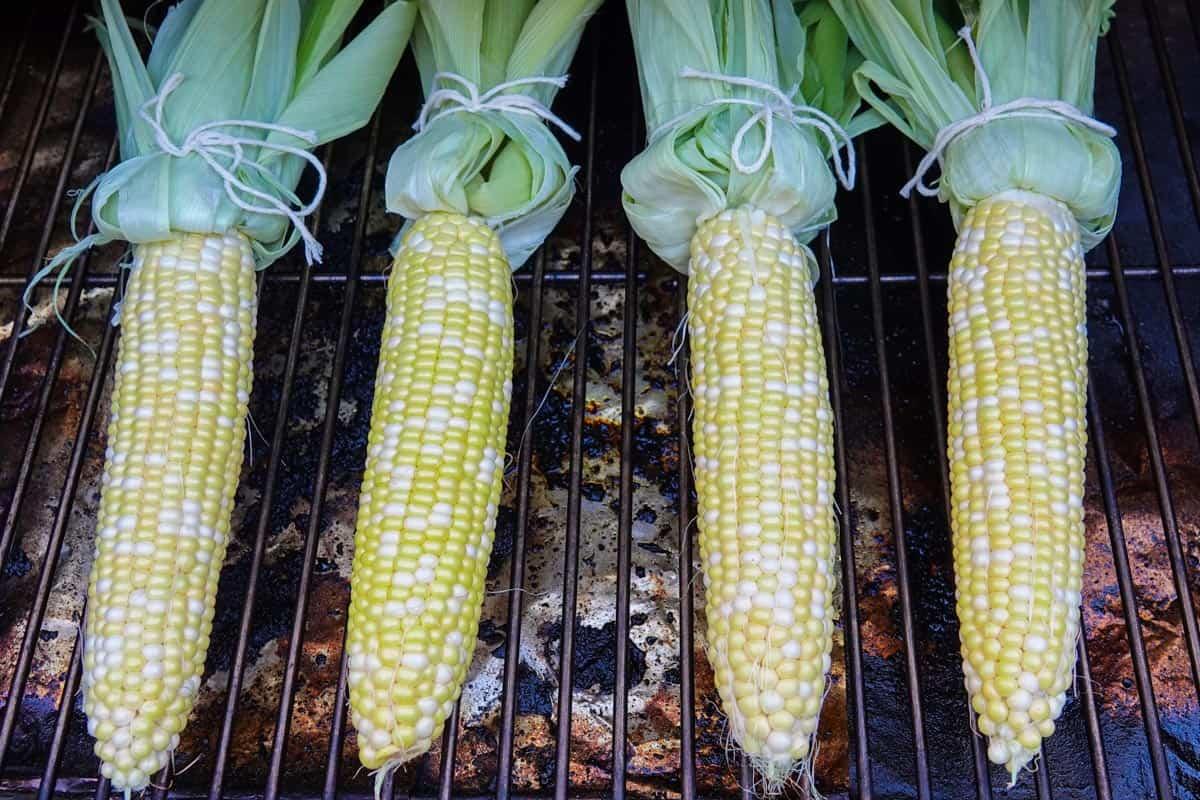 ears of corn on smoker